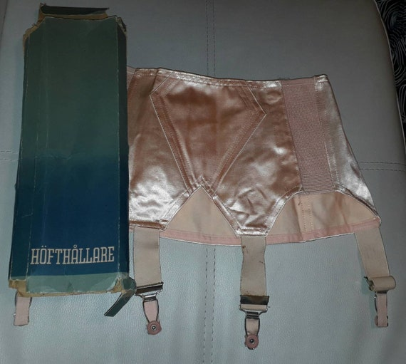 Unworn Vintage Girdle 1950s Pink Satin Open Bottom