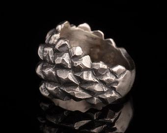 Flame Resin Mini Pine Cone Ring