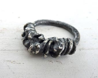 Swirly Chuncky ring, blackened sterling silver ring, artistic, raw silver ring, Industrial ring, statement ring, contemporary art