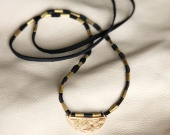 Sunset Necklace in Black deer leather