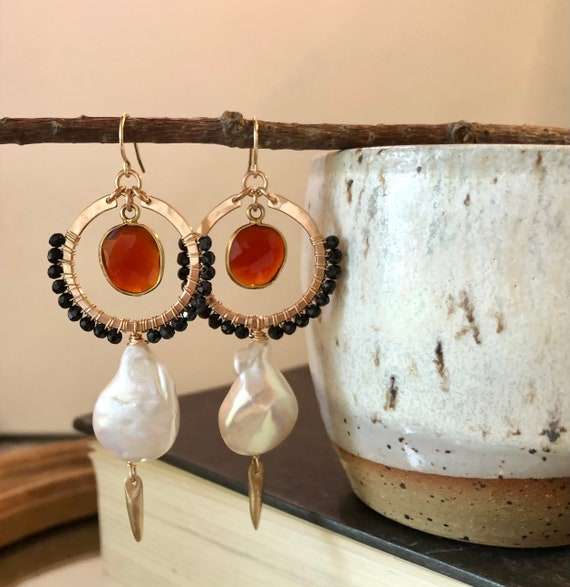 The Hunt Earrings in black spinel, pearl and carnelian