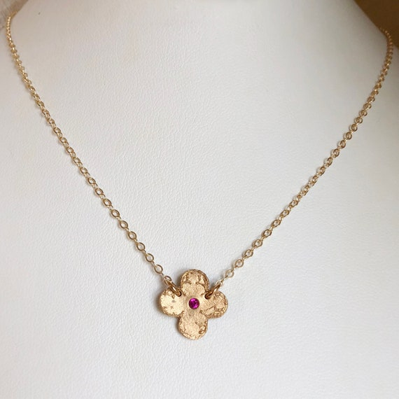 Mini Clover Medallion