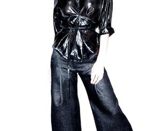 Super glossy Capri pants