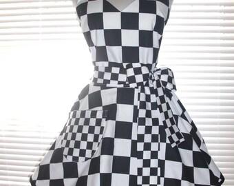 09ae5e7ef44b7 Retro Waitress Apron - 50s Style Car Hop - Black and White Checkered  Circular Skirt Costume Apron - Retro Apron