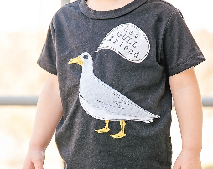 "Swanky Shank ""Hey Gull Friend"" Tee"