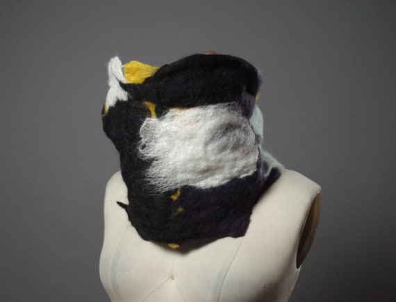 Felted Merino wool cowl - Felted Cowl - Felted neck warmer - neck warmer scarf