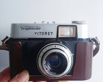 Vintage Voigtländer Vitoret Camera with original case
