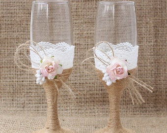 Rustic Country Wedding Glasses Cottage Chic Toasting glasses Rustic Mr and Mrs Toasting Flutes Bride and Groom Champagne Glasses