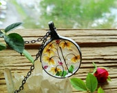 pressed flower frame, mothers day gift, Lily of the Valley flowers, gift for her, Heather Terrarium Jewelry, flower necklace, BUSTANI