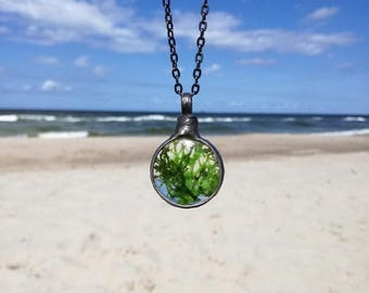 Real Moss Necklace, moss terrarium, natural moss, Green Moss Pendant , Moss Jewelry, Floral Necklace, Nature Jewelry