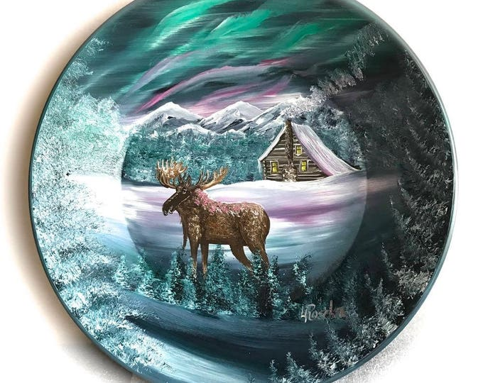 Hand Painted 11 Inch Gold Pans Mountain Gray Winter MOOSE Northern Lights