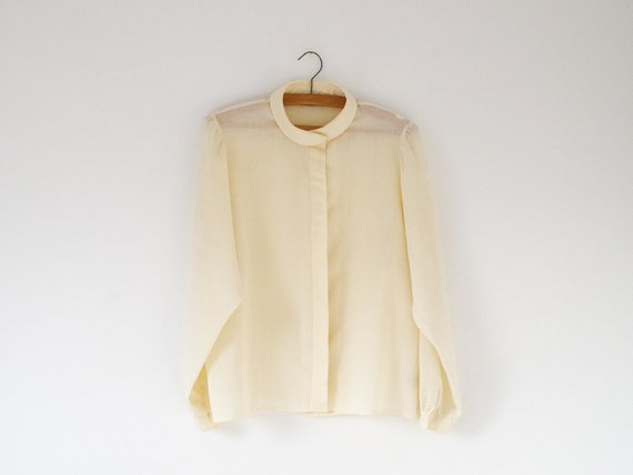 Vintage soft cream blouse / 1970s secretary blouse