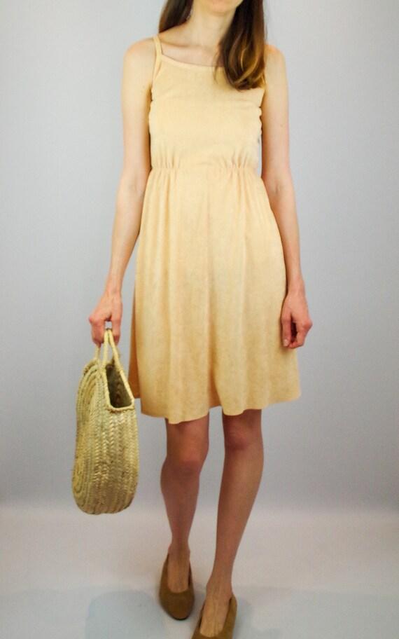 1970s peach terry towelling midi dress / vintage … - image 8