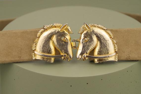 Vintage 1980s gold tone horse belt / equestrian go