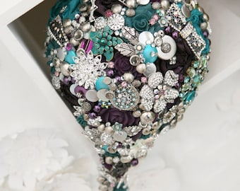 Cascading brooch bouquet, any colour, brides Vintage brooch bouquet, rhinestone button bouquet, floral, flower, wedding posy, bouquet