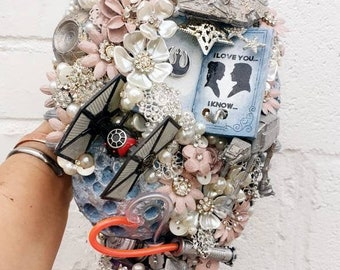 Sci-Fi Star space wars inspired wedding Cascading Bouquet, light up musical ANY colour, alternative, brooch bouquet, flower posey 14-16weeks