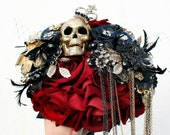 Gothic inspired Skull wedding bouquet, alternative, Ornate handle, brooch bouquet wedding flower, posy bouquet Custom any colour 14-16 weeks