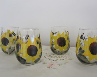 Wine Glasses stemless Sunflowers hand painted, great Mothersday, Birthday, Bridal shower, Housewarming gift, Gift for her, Teacher, friend