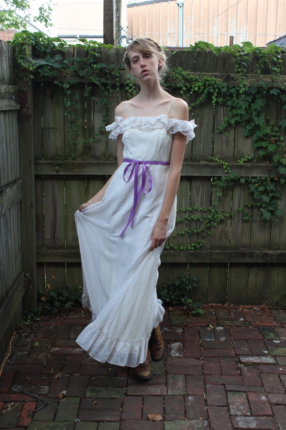 Vintage 60s Prairie maxi dress, XS/Small, ruffles,