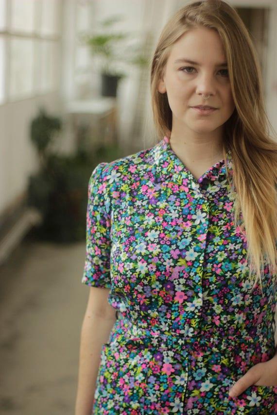 Vibrant psychedelic 60s print dress, Medium - image 2