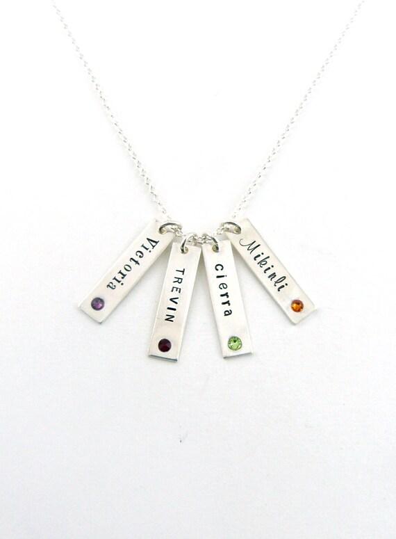 New York d184d 0b88d Bijoux de naissance, grand-mère nom collier, collier prénom, personnalisé  bar collier, collier barre verticale, cadeau pour elle,