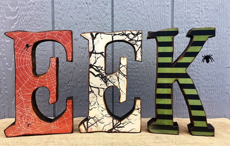 Halloween Decor Wood EEK Letters & Spider  Fall Decor Wooden image 0