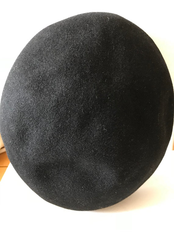Authentic French Beret /Willoughby Hatter 7 Rue d… - image 8