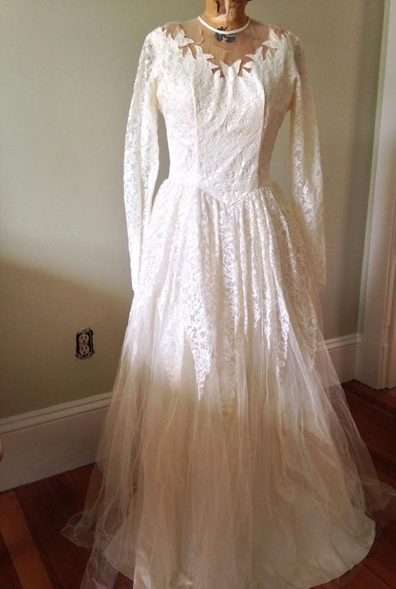 Vintage Wedding / 1950's Wedding Gown