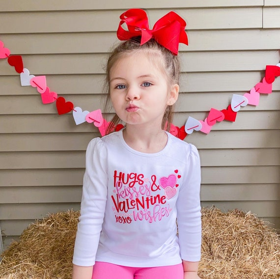 Girl Valentine/'s Day Shirt Toddler Valentine/'s Day Gift Hugs Kisses Valentine Wishes Infant Shirt Valentine/'s Day Toddler Shirt