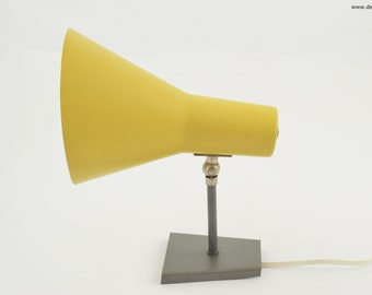 Anvia yellow sconce, great dutch design wall lamp from anvia almelo holland