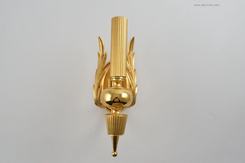 Sciolari beautiful hollywood regency brass gold plated sconce image 0