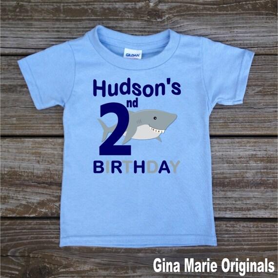 Tiburón personalizado cumpleaños camiseta o Body tiburón bebé  d61184020d1