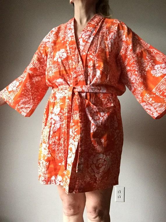 1970s Hawaiian Robe Kimono Sleeve Barkcloth Beach