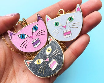 SNARLING CAT NECKLACE