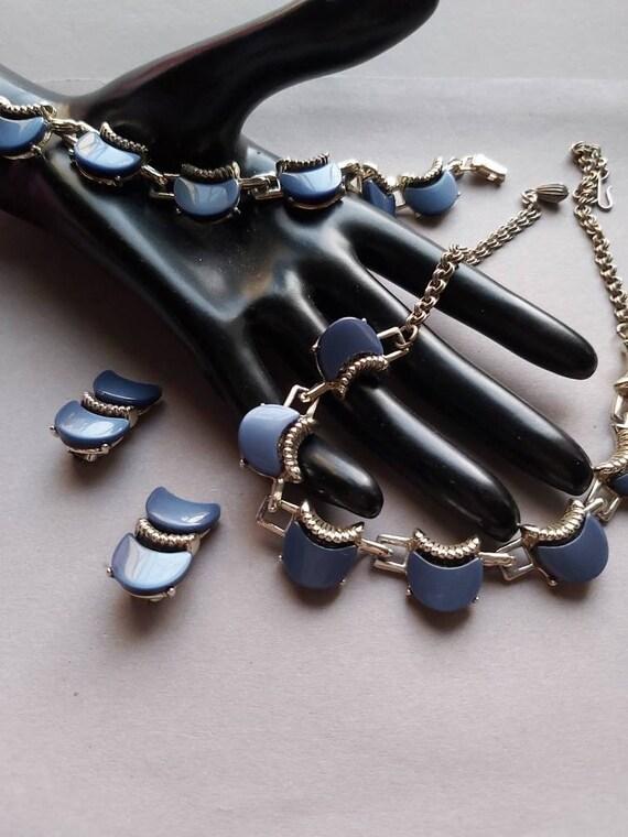 50's Thermoset Earrings Necklace Bracelet set, de… - image 2