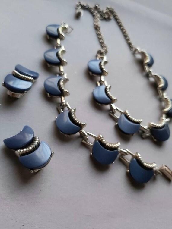 50's Thermoset Earrings Necklace Bracelet set, de… - image 8