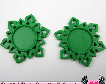 SNOWFLAKE STAR CAMEO SeTTING Green 4pc Fits 25mm Round Cameos, Resin Cameo Setting, Blank Frame, Bezel Pendant