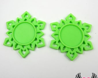 SNOWFLAKE STAR CAMEO SeTTING 4pc Lime Green Fits 25mm Cameos, Resin Cameo Setting, Blank Frame, Bezel Pendant