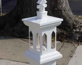 Post mount white Vinyl tube bird feeder. durable, modern, decorative, hand made in USA- ez fill - ez clean - small birds. Le Bistro InSpire