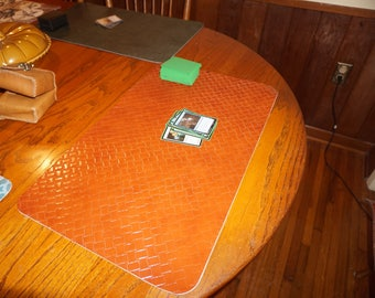 Tan Basket Weave Leather Play Mat for Magic the Gathering Playmat Reversible Netrunner Pokemon Yugioh 14 x 24 Munchkin