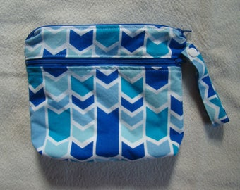 "Made To Order: XSmall wet/dry bag, 6""X8"", arrow print."