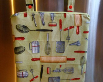 "Kitchen Wet Bag 12"" X 15"", zippered with oven bar handles, kitchen utensil print."