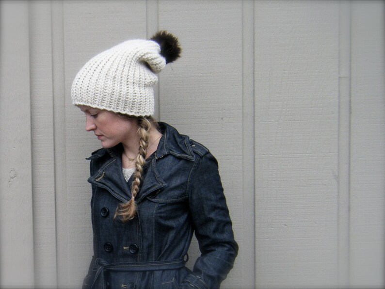 DIY Crochet Pattern: Fishtail Hat adult Chunky knit look pom image 0