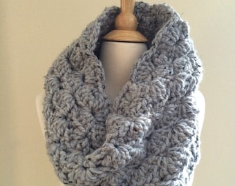 DIY Crochet Pattern: Sophie Cowl, Super Bulky Lacy Infinity Scarf, easy crochet P D F, chunky yarn, InStanT DowNLoaD