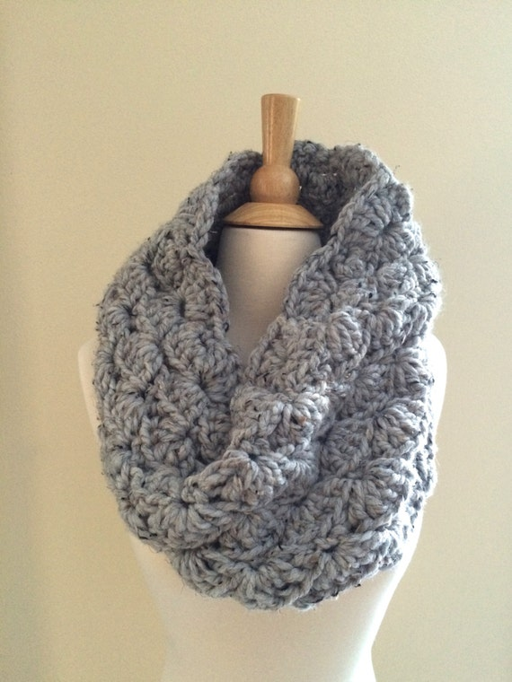 Diy Crochet Pattern Sophie Cowl Super Bulky Lacy Infinity Etsy