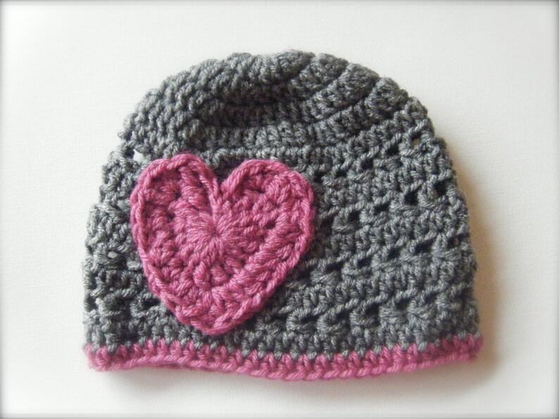 DIY Crochet Pattern:  iHeartU hat size nb-adult textured image 0