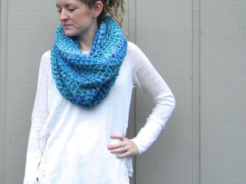 DIY Crochet Pattern:  Danube Cowl super bulky yarn boucle image 0