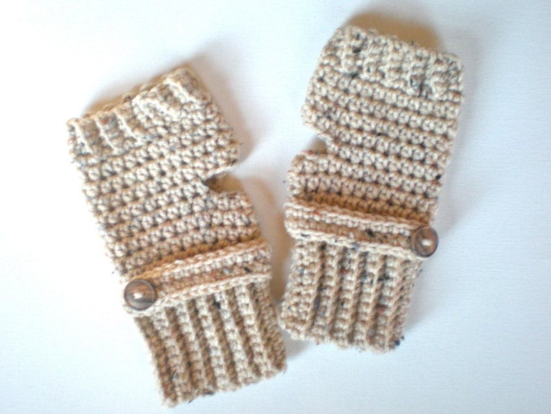 PATTERN:  Oatmeal Button Mitts PDF easy crochet pattern image 0