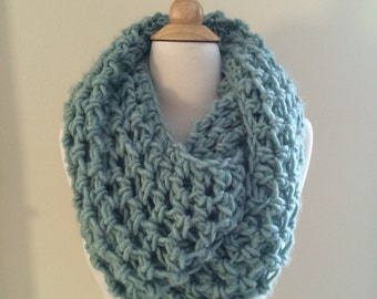 DIY Crochet Pattern: Roving Infinity Scarf, easy crochet P D F, chunky yarn, scarf, cowl, InStanT DowNLoaD