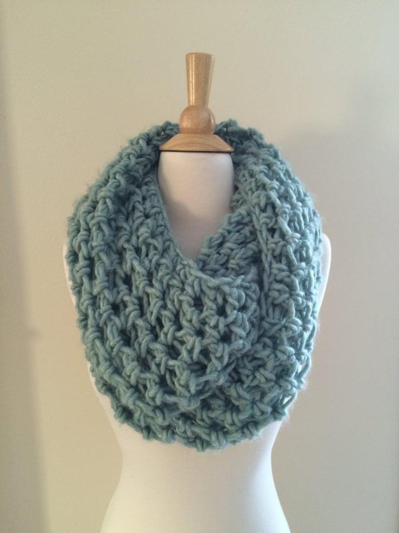 DIY Crochet Pattern: Roving Infinity Scarf easy crochet P D image 0